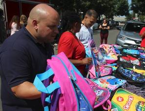 Carousel image 6a867481ac7fe1ceab7c backpack giveaway bloomfield august 26 2017 b