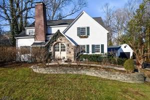 15 Crestwood Ln, Summit NJ: $1,549,000