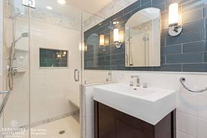 17_19HunterdonBlvd_9_2ndBathroom_HiRes.jpg