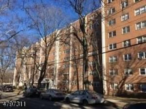 39 E 39th Street
