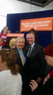 Carousel image 6f42287c44f5260dd3c3 governor murphy with mayor al smith