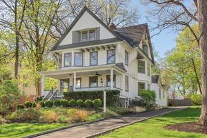 42 Mountain Avenue, Summit, NJ:$1,149,000
