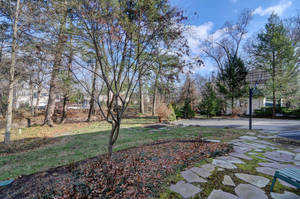 14 Hampton Rd Cranford NJ-large-026-6-Back Yard-1500x996-72dpi - Copy.jpg