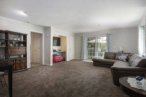 1710 Ramapo Way Scotch Plains-large-014-015-Family Room-1500x999-72dpi.jpg