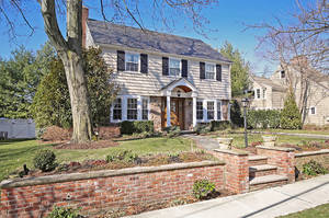6 Lorraine Road, Summit NJ: $1,450,000