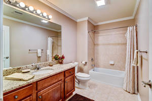 10 Harvey Court Clark NJ 07066-large-020-24-Bathroom-1500x1000-72dpi.jpg