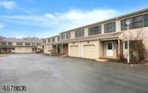 Updated Townhome in Gillette