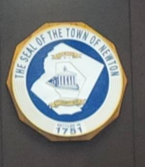 Carousel_image_78ccfda060fe3e045bd9_town_seal