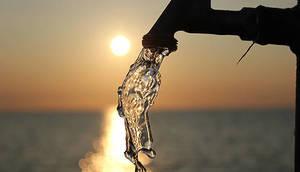 Carousel_image_792db2c96e9f1a953ff2_water-faucet-beach-520