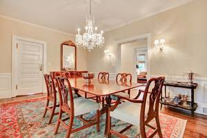12 - Dining Room (2 of 2).jpg