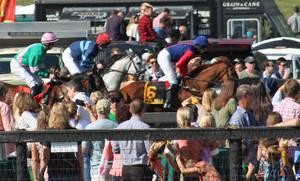 Carousel_image_7b8904c2cd31d9109302_far_hills_races_undercardl256
