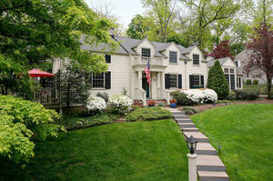 80 Pine Grove Ave, Summit NJ: $1,269,000