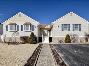 $489,900 141 Bruce Drive Stafford Township