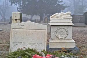 Carousel_image_7ff511fd33b40f00d5f5_dutch_reformed_cemetery