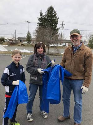 Carousel image 80a87c05c3715d717f35 march 27 2018   adopt a beach clean up   katie nikolich  susan poage  and richard leister