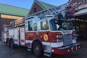 Carousel_image_83b5b84e9125d79e4de9_44227b4768f4973330ba_fire.truck