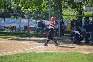Carousel_image_85f8fb343bd27df5d8cf_claudia_bennett_takes_a_swing_for_parsippany_in_last_season_s_action