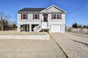 $299,900 93 Sea Meadow Drive Little Egg Harbor, NJ 08087