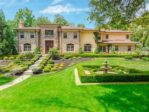 35 Lakeview Avenue, Short Hills, NJ:  $2,995,000