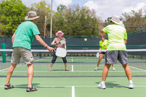 Carousel_image_8a74e42d218c8973b3a5_713f19410e824d163f54_pickleball_players