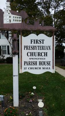 Carousel_image_8ad7063c3ad81ebb3d6f_parish_house_sign