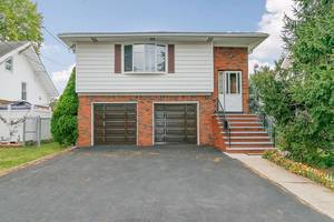 Sunnyside Linden Mother/Daughter for Sale $349,900