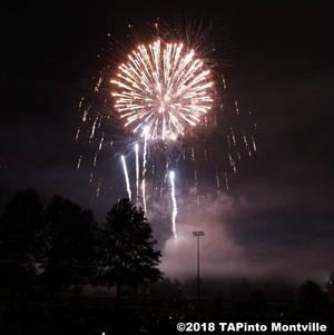 Carousel image 8ba0b46c4221c9e80d35 2016 fireworks  2018 tapinto montville