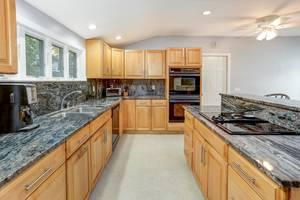 012_Kitchen View 2.jpg