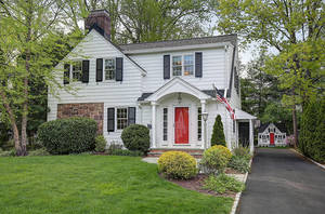 27 Colony Drive, Summit NJ: $1,249,000