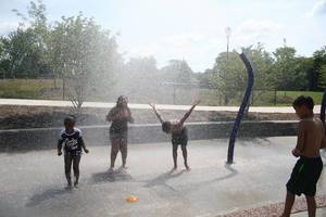 Carousel_image_8fd7562ebdb05e0c4fde_recreation_park_water_spray