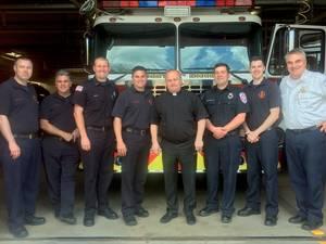 Carousel_image_92505b76d5199ac5825b_fr_bob_with_firemen