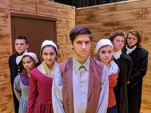 Carousel image 93aa254942380a5c1788 the crucible hhs 2017