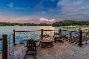 Carousel_image_97f8f14d7d3e5b67a1da_mariner_s_pointe-outdoor_fire_pit