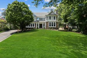 111 Whittredge Road, Summit, NJ:$3,650,000