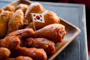 Carousel_image_9d38c1eea417b220bec0_roosterspin_-_double_fried_chicken