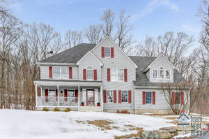 Beautiful Move-In Ready Sparta 4BR Colonial