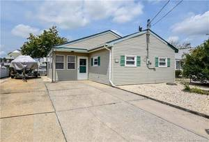 $169,900 126 S. Longboat Drive Little Egg Harbor, NJ 08087