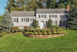 40 Dale Drive, Summit NJ: $1,250,000