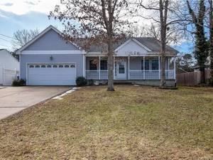 $329,900 993 Rudder Avenue Manahawkin, NJ 08050