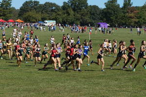 Carousel_image_9fdfb7f58e29aea721c2_cross_country_-_thompson_park_class_meet_-_sept_23_2017_-_sophomore_girls_race_dsc00653__1_