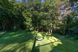 035_Yard View 2.jpg