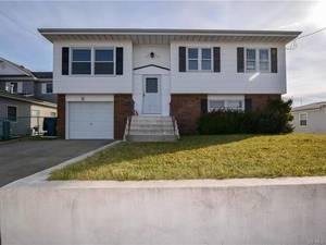 $199,900 5 S. Ensign Drive Little Egg Harbor, NJ 08087
