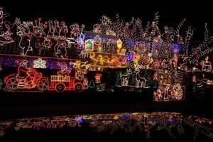 Carousel_image_a3c47deb3341dc388436_christmaslights