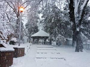 Carousel image a473ecde84e6db19d572 gazebo.snow