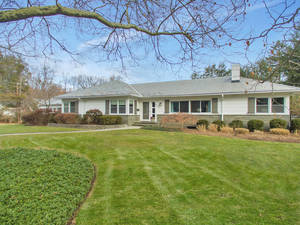 2 Robin Hood Road, Summit, NJ:$1,190,000