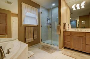 5 Schmidt Ln Clark NJ 07066-large-022-030-Master Bathroom-1500x997-72dpi - Copy.jpg