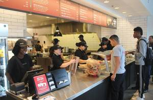 Carousel image a65f8d733a85a5c28637 chipotle opening a