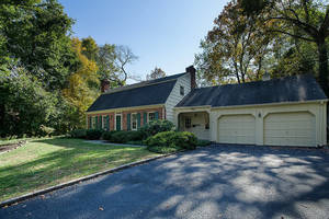 30 Garden Rd, Summit NJ: $1,135,000