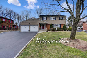 Beautiful Scotch Plains Colonial