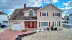 $599,900 152 Peter Road Village Harbor Section of Stafford Township